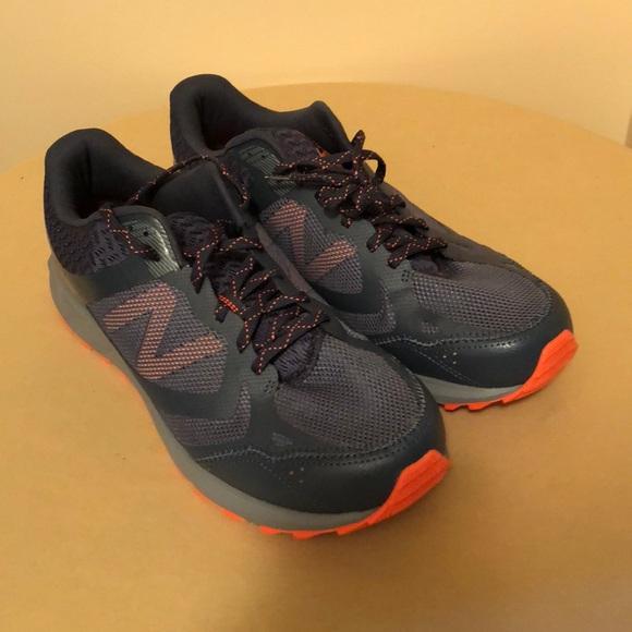 NEW BALANCE men's MT590V3 Trail Running shoe NWOT